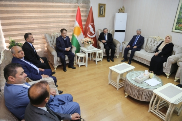 The Secretary-General of Kurdistan Islamic Union receives a delegation from the Patriotic Union of Kurdistan