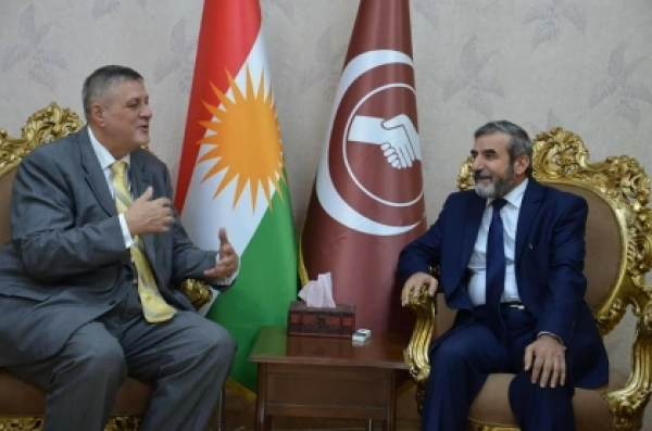 Secretary-General of the KIU receives the UN envoy to Iraq