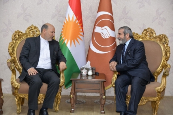 Secretary-General of the KIU receives the Iranian Consul in the Kurdistan Region