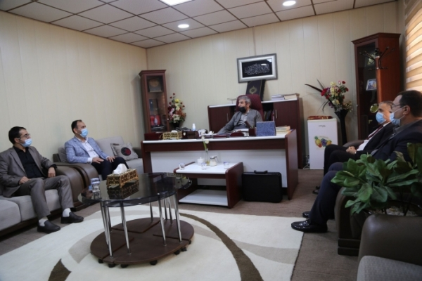 Secretary-General of the Kurdistan Islamic Union meets with a number of university professors